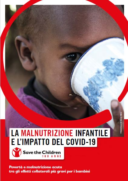 copertina report save the children su malnutrizione ed effetti covid-19 sui bambini. In primo piano un bimbo nero che beve da una tazza bianca.