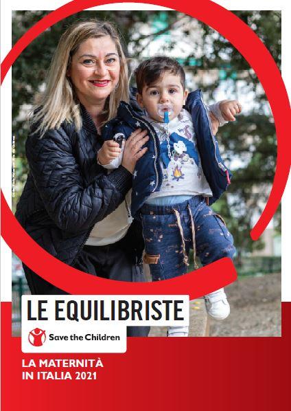 copertina del report le equilibriste con foto di una mamma che gioca con suo figlio
