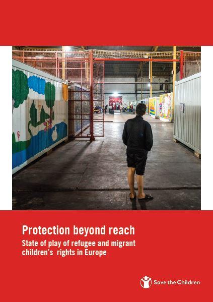 copertina rossa con foto di una ragazzo di spalle del report protection beyond reach