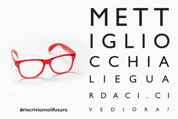 grafica con occhiali rossi e scritta