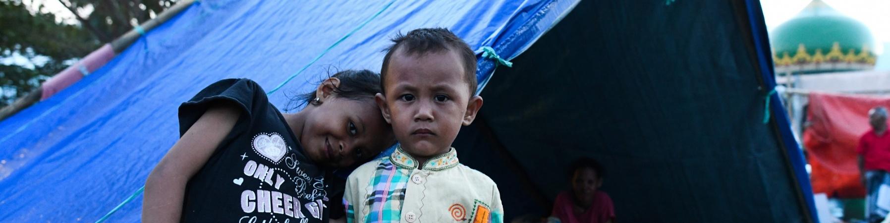 Tsunami Indonesia bambini