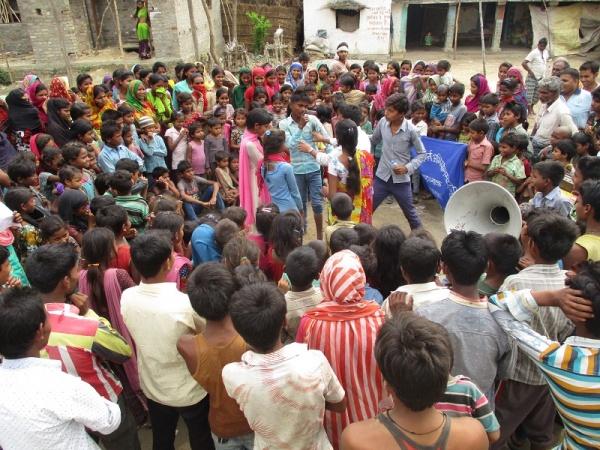 adolescenti in nepal