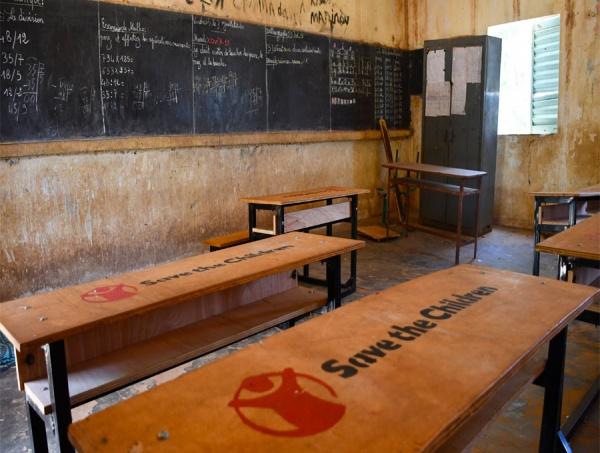 1,6 miliardi di bambini non vanno a scuola a Causa del Covid, in tutto il mondo. Per molti di loro, senza la scuola non c'è futuro