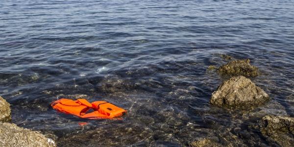49 migranti in mare