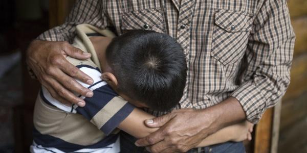 bambini soli al confine USA Messico