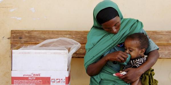 Milioni di bambini rischiano la fame a causa della grave e crescente crisi alimentare in Etiopia